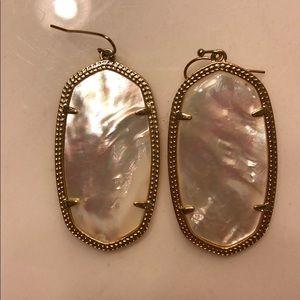 Jewelry - Kendra Scott Danielle earrings